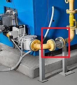 Готовая трубопроводная система с газовым компенсатором