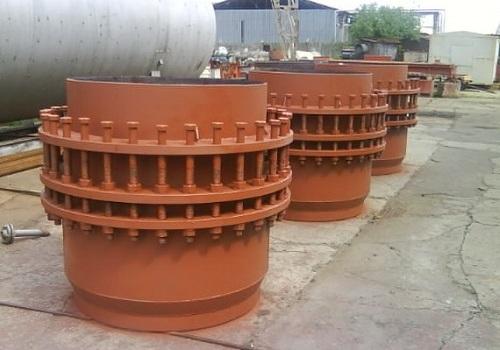 Компенсаторы на сальниках для трубопровода
